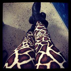 GIRAFFE LEGGINGS... i think i ought to be a giraffe one year for Halloween...