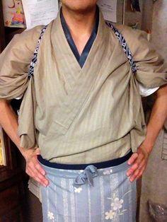 Action Pose Reference, Action Poses, Japanese Costume, Japanese Kimono, Japanese Outfits, Japanese Fashion, Male Kimono, T Art, Oriental Fashion