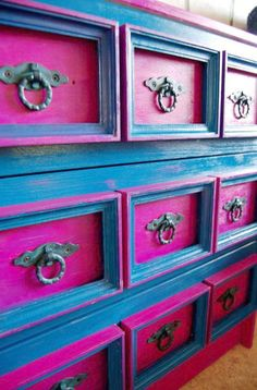 Gorgeous blue and pink drawers by sybil Funky Furniture, Paint Furniture, Upcycled Furniture, Furniture Makeover, Bedroom Furniture, Furniture Stores, Furniture Online, Furniture Outlet, Repainting Furniture