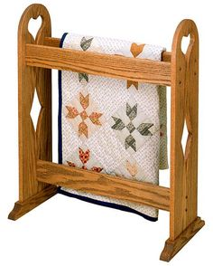 Country style quilt rack