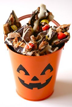 Halloween Candy Bark...with all  of my favorite goodies!