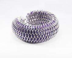 """Dragonscale"" bracelet purple"
