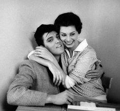 Sophia Loren holds on tight to Elvis Presley in The Paramount Studios Restaurant, 1958 © Bob Willoughby