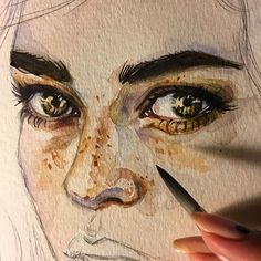 Контрастность этого фото я не трогала) работа такая в жизни #глаза #рисунок #арт #акварель #mijello #watercolor #watercolorpainting #art #eyes #hazeleyes #живопись