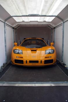 McLaren-F1 XP1-LM-trailer.jpg