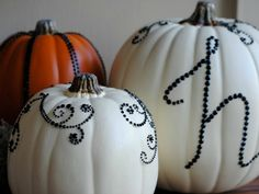 4 chic DIY outdoor Halloween decorations you can DIY this weekend