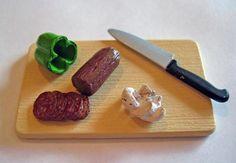 Re-Ment Pizza Night Cutting Board, Pepper, Salami, Knife & Mushroom NEW Barbie