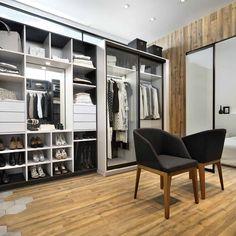 Schmidt garderobe I Model: Arcos - Farger: Celest, Zonza og Caneo Home Design, Room Interior Design, Luxury Interior, Luxury Wardrobe, Wardrobe Design, Home Office, Office Decor, Dressing Extensible, Dressing Room Design