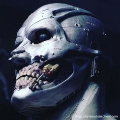 Brian Wade's aka @millionareclayboy design concept for the look of #terminator #endoskeleton #endoskull in the first movie. #stanwinstonstudio #t800 #clay #sculpture #conceptart #robots #skynet #bts #behindthescenes