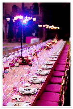 Wedding Table - A destination wedding in Marrakech - that's pink!!