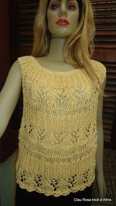 Blusa de linha em tricô coleção Clau Rosa tricô e Afins 2014. Disponível em www.elo7.com.br/clau rosa trico e afins
