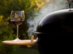 The Ultimate Backyard BBQ Wine Pairing Cheat Sheet. How to choose your wine.