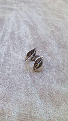 Leaf Dread bead. Silver plated dreadlock by Miasdreadlockbeads