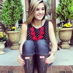 red-white-and-belles:  Rainy day ootd