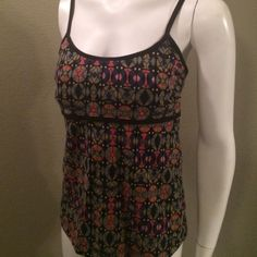 Patagonia workout top Has internal shelf bra. Made of organic cotton with spandex . Patagonia Tops Tank Tops