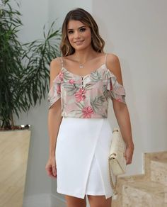 Ideas For Moda Primavera 2019 Juvenil Floral Cold Shoulder Top, Cold Shoulder Dress, Women's Fashion Dresses, Casual Dresses, Love Fashion, Womens Fashion, Stylish Tops, Western Outfits, Cool Outfits