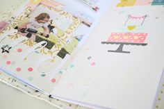 TN Tutorial Scrapbook Werkstatt - Maggie Holmes / Crate Paper `Carousel' - Ulrike Dold Crate Paper, Scrapbook Paper Crafts, Crates, Mini, Tutorials, Paper Crafting, Tips And Tricks, Shipping Crates, Drawers