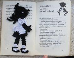 Ravelry: Janneke pattern by Sara Everaarts Crochet Baby Toys, Crochet For Kids, Crochet Dolls, Crochet Hats, Thread Crochet, Crochet Motif, Diy Crochet, Crochet Patterns, Crochet Appliques