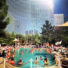 10 Las Vegas Girlfriend Getaway Tips: With plentiful shows, restaurants, spas and free-flowing drinks, a Las Vegas girlfriend getaway is an ideal way to escape reality for a few days. Vegas Vacation, Las Vegas Trip, Las Vegas Hotels, Vacation Trips, Dream Vacations, Travel Vegas, Aria Las Vegas, Vacation Ideas, Nevada