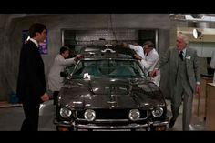 The Living Day Lights Gadgets - James Bond Lifestyle James Bond Outfits, Licence To Kill, Timothy Dalton, Aston Martin V8, James Bond Movies, Car Gadgets, Classic Movies, Cinema, Secret Service