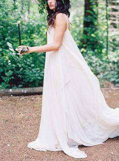 Spring boho bridal inspiration | Gown: Carol Hannah Celestine | Photographer: Lynette Boyle | Florals: A Bud and Beyond