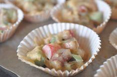 Makronkager med rabarber - makronmuffins med et twist Potato Salad, Potatoes, Breakfast, Ethnic Recipes, Desserts, Morning Coffee, Tailgate Desserts, Deserts, Potato