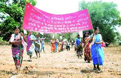 Tribals of a Bastar village in a rally for prisoners' rights.