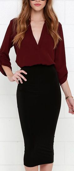 elegant outfit idea / maroon blouse and black pencil skirt Love pencil skirts Office Fashion, Business Fashion, Work Fashion, Fashion Spring, Winter Fashion, Mode Outfits, Casual Outfits, Dress Casual, Mode Shoes