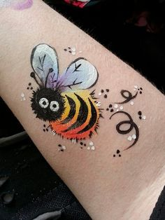 one stroke face painting   One stroke bumblebee