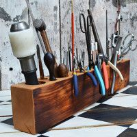 Simple enough .:. Desk Caddy Wooden Tool Organizer | Cool Material