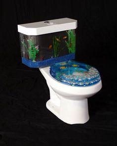 Lustige Idee für´s stille Örtchen, aber ob die Fische sich da wohlfühlen?