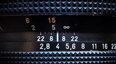 """Eine der tollsten Sachen an den modernen spiegellosen Systemkameras ist, dass man per Adapter fast alle alten Objektive mit den modernen Bodies nutzen kann. Als """"damals"""" die Fuji X-Pro 1 rauskam und ich kurz vor der Markteinführung ein Exemplar davon geschickt bekam, was das erste Objektiv, das ich drauf setzte ein Nikkor 50mm f1.8 E-Series."""