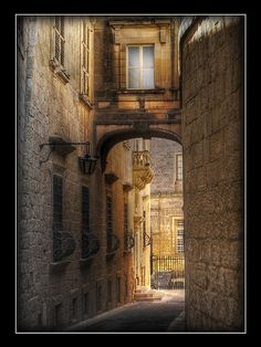 Mdina, Malta : the first two windows on the left looked into my Form II classroom at St. Dorothy's.