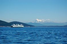 WA ferry crossing with Mt Baker in background- Photo Credit-  Melissa Fisher   www.WashingtonStateDestinations.com