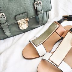 Bag and shoes for tonight! Happy Sunday! #ootd #wiwt #wiw #outfitoftheday #whatiworetoday #fwis #fashion #style #lookoftheday #lookbook #fashionblogger #ootdshare #instastyle #styleblogger #zara #katespade #topshop #love #fashiondiaries #instafashion #outfit #instagood #bbloggerau #bblogger #lblogger #fbloggerau #fblogger #lbloggerau #australianblogger #itsthattimefor