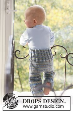 Knitting Patterns Pants Fun with Pants / DROPS Baby - Knitted pants for babies and children in 2 threads DROPS fable Baby Knitting Patterns, Baby Boy Knitting, Knitting For Kids, Free Knitting, Drops Design, Drops Baby, Magazine Drops, Baby Barn, Diaper Covers
