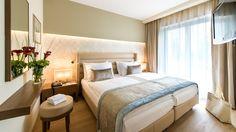 Das gemütliche #Doppelzimmer lässt für Ihren #Urlaub keine Wünsche offen. www.warmbaderhof.com Das Hotel, Bed, Furniture, Home Decor, Warm Bathroom, Double Room, Vacation, Decoration Home, Stream Bed
