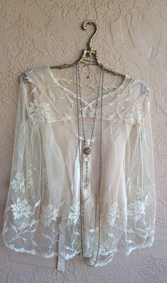 paiement aujourd'hui pour Beth équilibrer le 5 juin, pure brodé haut Tambour dentelle des années 1930 avec la soie et ruban de doublure pour mariée bohème gypsy rose
