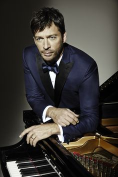 Backstage With Harry Connick, Jr.