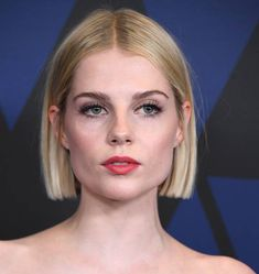 Lucy Boynton arrives at the Academy Of Motion Picture Arts And Sciences' Annual Governors Awards at The Ray Dolby Ballroom at Hollywood Highland. Bob Haircut For Round Face, Round Face Haircuts, Round Face Bob, Best Bob Haircuts, Wavy Bob Hairstyles, Fall Hairstyles, Hair Inspo, Hair Inspiration, Short Hair Cuts