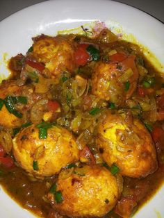 Egg is a versatile cooking ingredient. Many people who do not eat meat eat eggs. Delicious and quick this curry can be ready in 25 minutes. Chinese Soup Recipes, Curry Recipes, Indian Food Recipes, Cooking Ingredients, Cooking Recipes, Healthy Recipes, Egg Recipes, Guyana Food, Guyanese Recipes