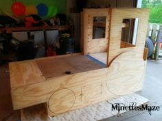 DIY Tractor Bed for a kids room