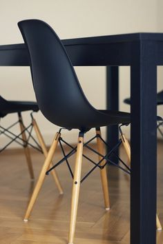 Mid Century Slope Back Chairs! #chairs #modern dotandbo.com