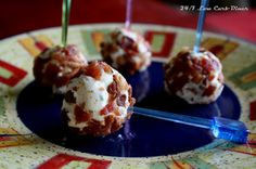 24/7 Low Carb Diner: Bacon Crusted Cheeseballs on a Stick - hmm, now that's a nice idea!  Visit us for more of the best of the best at: https://www.facebook.com/LowCarbHitParade