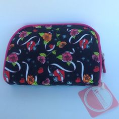 Make-Up Bag❤️ Black with hearts & flowers with pink trim. New! Stone & Co Makeup