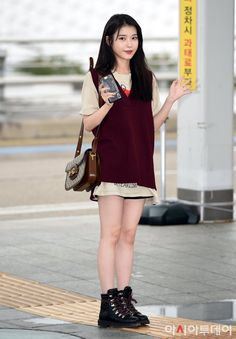 Korean Girl Fashion, Kpop Fashion, Daily Fashion, Kpop Outfits, Cute Outfits, Pajamas All Day, Petite Outfits, Airport Style, Kpop Girls