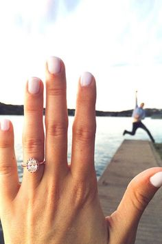 engagement-photo-ideas-with-wedding-rings.jpg 600×900 pixels
