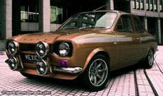 model of the classic Ford Escort, rendered with many different stripe and body colours. A slection of alloy wheels from classic RS Alloys to large racing BBS rims. Escort Mk1, Ford Escort, Ford Rs, Car Ford, Ford Capri, Ford Motorsport, Automobile, Ford Classic Cars, Classic Motors