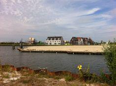 Eerste huizen van t Waterfront 2015