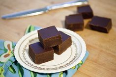 The Top 10 Low-Carb and Gluten-Free Dessert Recipes: Very Easy Chocolate Peanut Butter Fudge